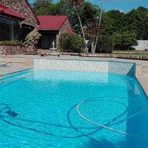 028 - Conventional Pool with Fibreglass Epoxy